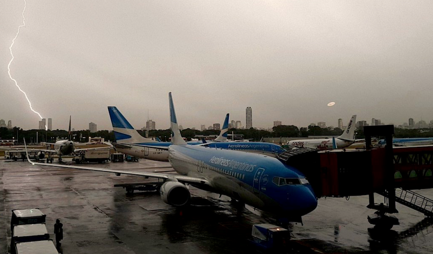 Aerolineas aircraft grounded due to hail damage