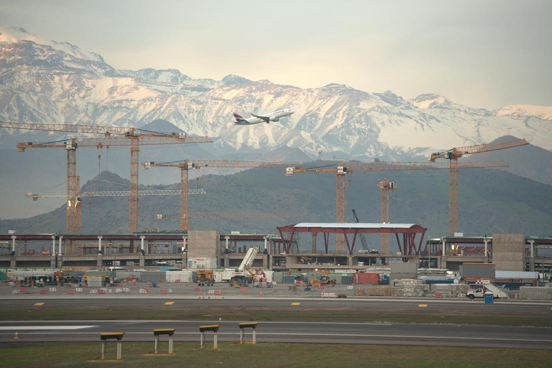 Santiago, Chile – Temporary Runway Changes