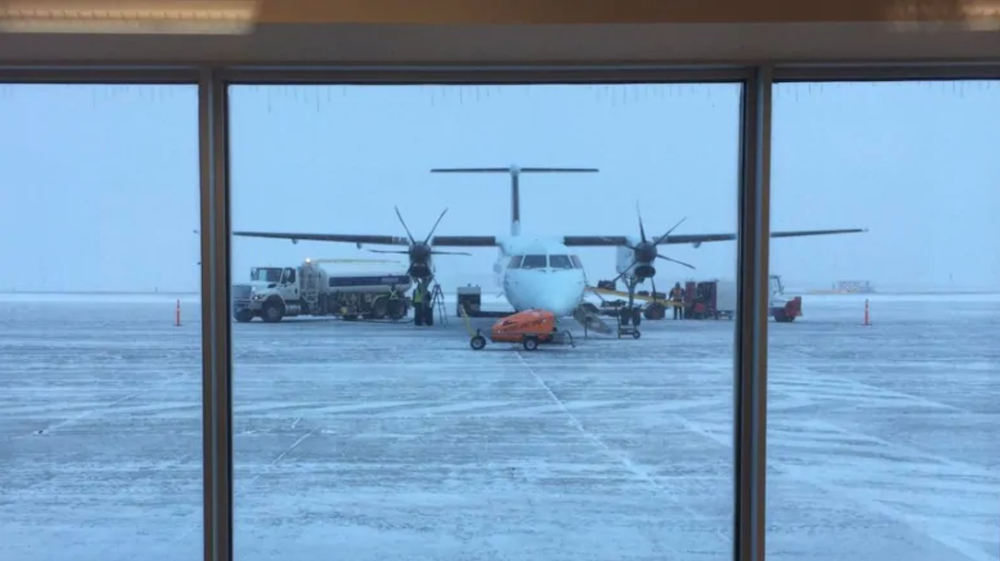 "Goose Bay: ""Our runway is broken"""